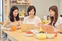 易享科技股份有限公司 【會變出點心蔬果的餐桌】