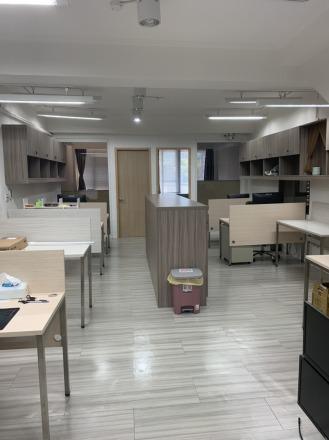金冠科技有限公司 【管理部辦公區】