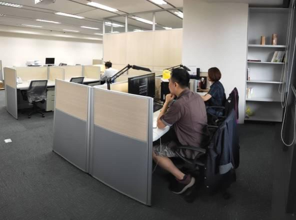 香港商天訊國際控股有限公司台灣辦事處 【寬闊的辦公空間】