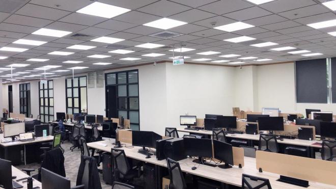 凌通國際有限公司 【辦公環境~ 同事們一起辦公不無聊^^ 】