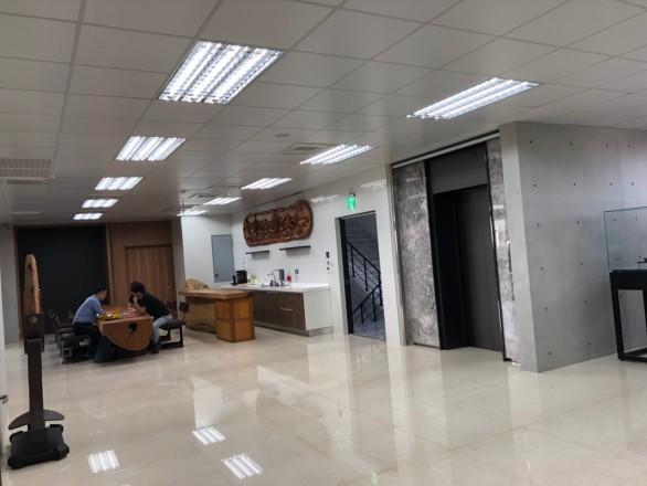 高明鐵企業股份有限公司 【交誼廳、吧檯區】