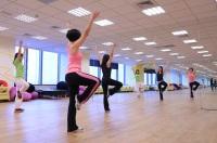 全球人壽保險股份有限公司_總公司 【全球人壽設同仁俱樂部機制,鼓勵員工成立社團,圖為熱舞社練舞情況。】
