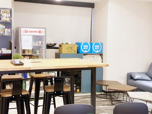 逗寶國際有限公司 【宛如咖啡廳的social area】