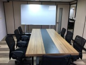 捷宏創造科技有限公司 【明亮簡潔的會議室】