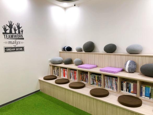 德利科技有限公司 【輕鬆愉悅的讀書室】