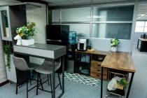 杰尼斯工作室 【中庭咖啡吧檯區】