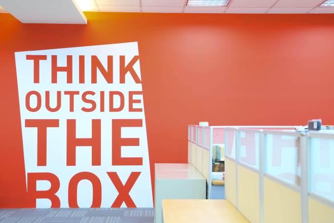 微程式資訊股份有限公司 【[ 舒適環境 ] 讓辦公室的標語,隨時為你加油打氣,用創新創意打造改變世界的服務!】