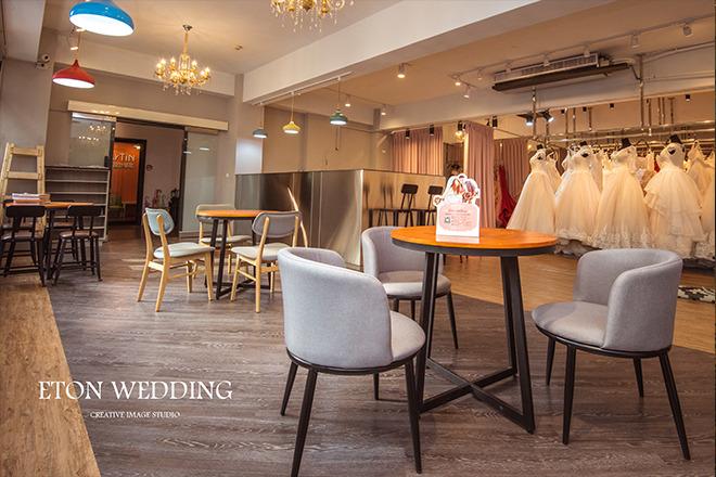 伊頓婚紗工作室_伊頓數位科技有限公司 【像朋友般的親切服務,讓前來的結婚新人都能感受到伊頓的用心;我們的成就,來自於新人的幸福微笑~】